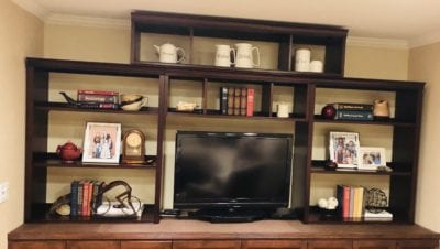This is the wall unit that I needed my dear Rex's help with!